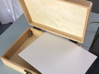 HOW CAN I MAKE AN ARTIST POCHADE BOX?