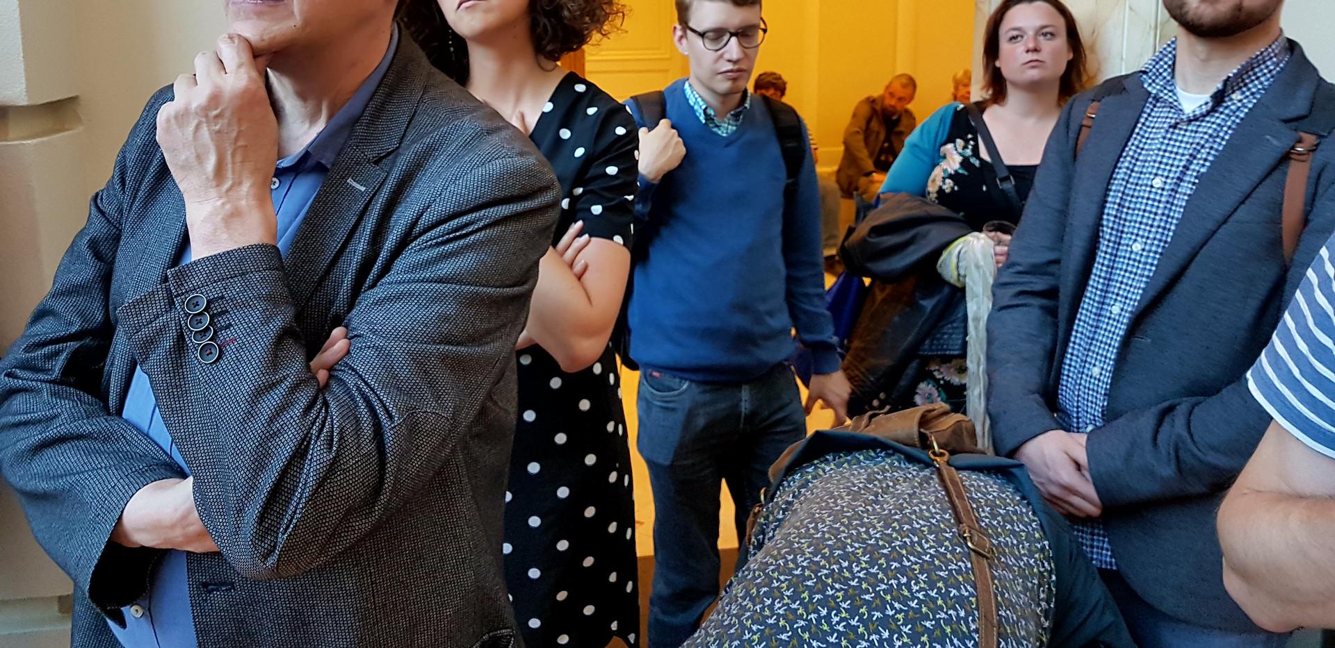 Exposition Travailleurs de rue Tisseurs de liens, Vernissage, 15 mai 2018, BELvue, Bruxelles
