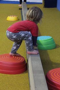 Boy playing at playnastics EKGA