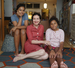 Ayse Birsel and daughters