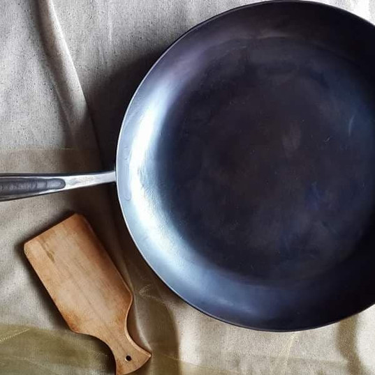 Hand Forged Carbon Steel Fry Pan by 3 Nail Ironware