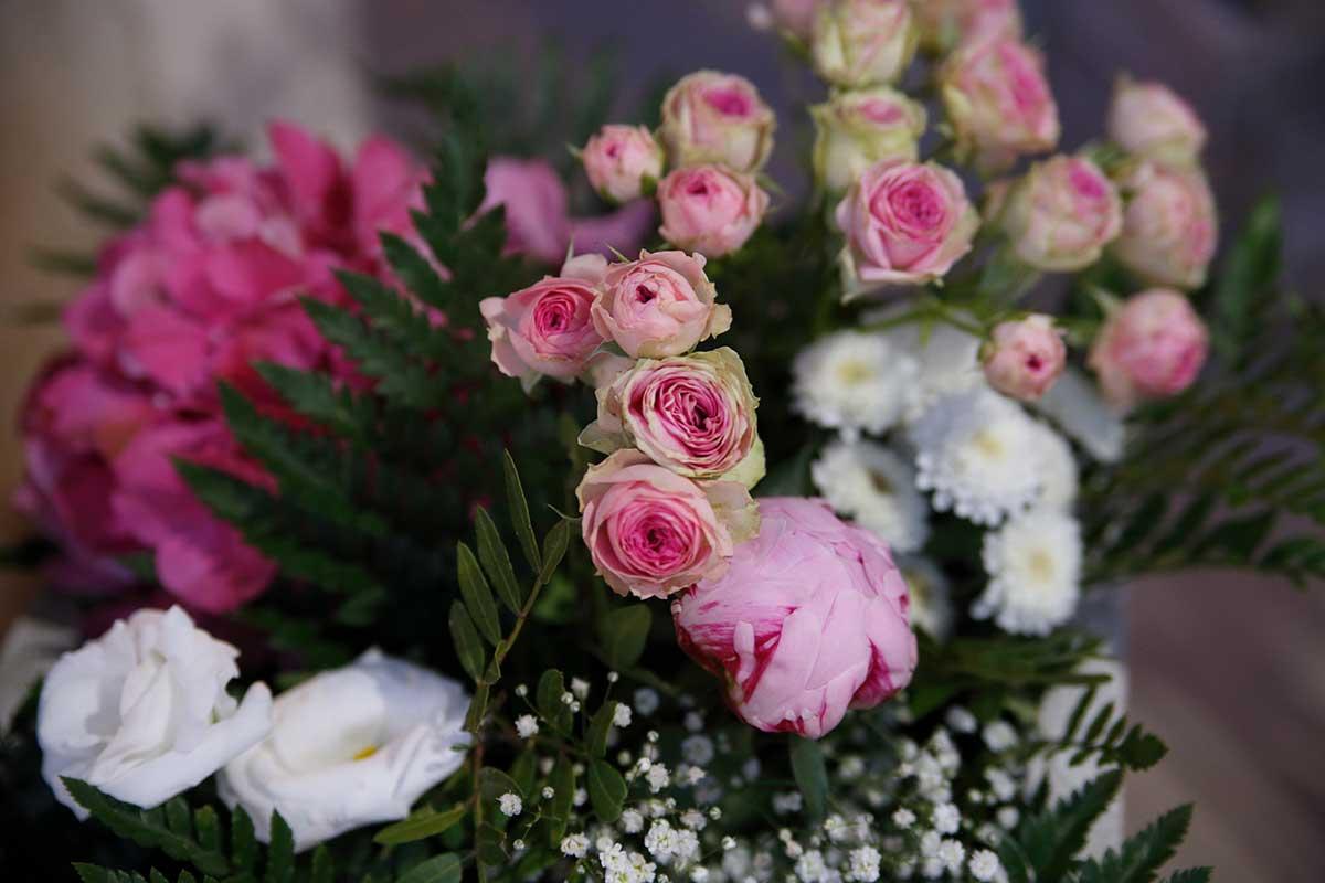Una gran boda siempre esta acompañada de bonitas flores