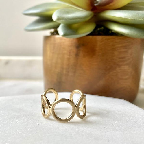 Linked Open Circle Ring