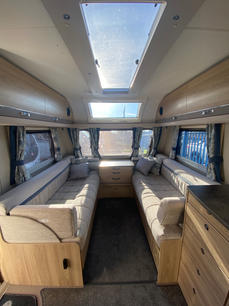 2018 Elddis Chatsworth 860 I Coachbuilt