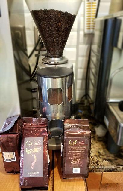 Coffee roaster, coffee beans, coffee, cecafe