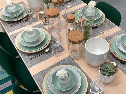 עריכת שולחן, סגנון טרנדי