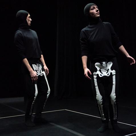 deux-squelettes-david-wong-7-1920x1280.j