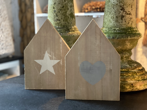 WOODEN STAR AND HEART HOUSE