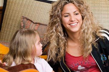 Shakira-Amigos-Del-Alma-Best-Buddies-Col