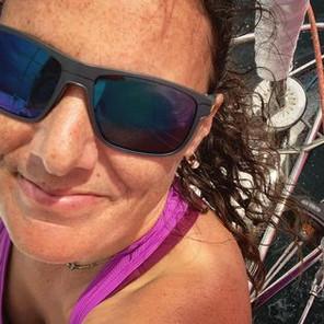 Julia se lance dans un projet ambitieux de course au large à la voile