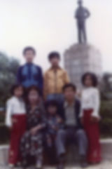 Family picture in Korea.jpg