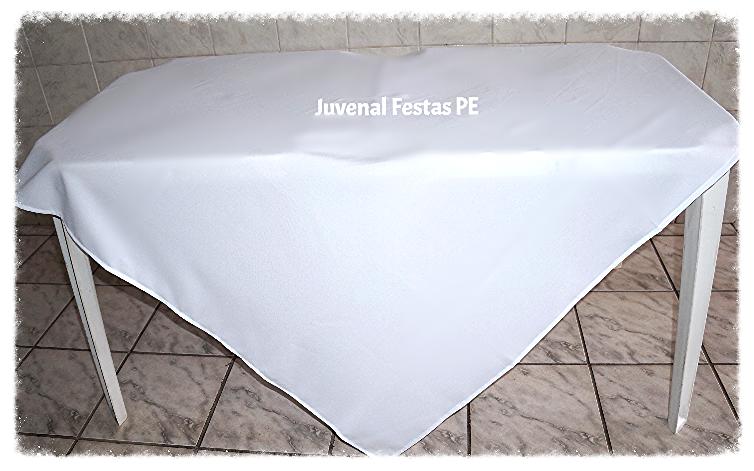 2 Mesas c/ 1 toalha quadrada
