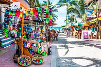 sayulita street shopping