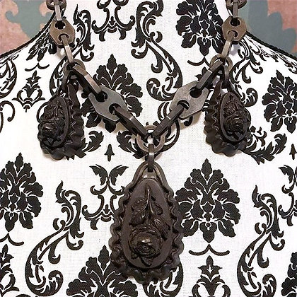 Gutta Percha Mourning Necklace
