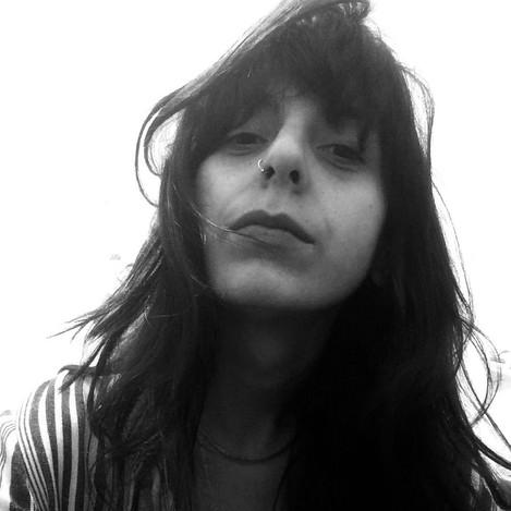 MARIA ROSALEM, atua como artista visual, diretora de arte e pesquisadora em Estética e História da Arte no Museu de Arte Contemporânea da Universidade de São Paulo. Trabalha na identidade visual de campanhas, produção artística e comunicação.