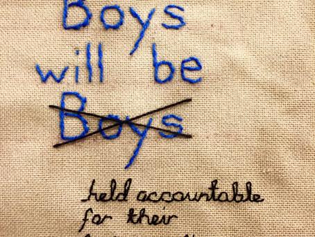 Erkekler hep çocuk mu kalır?