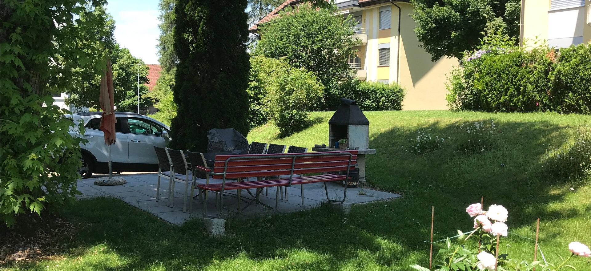 Schattenplätze mit Grillmöglichkeiten
