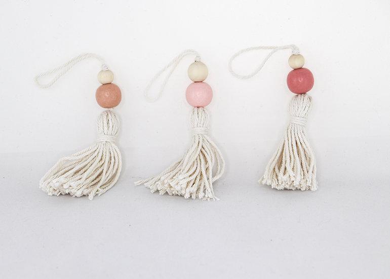 pink tassel ornament set.