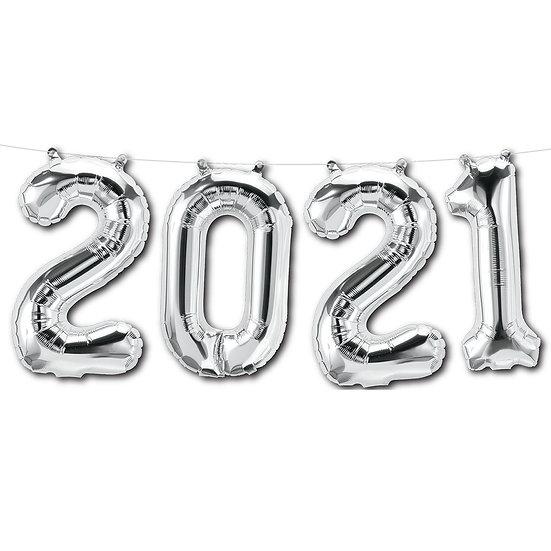 '2021' balloon banner.