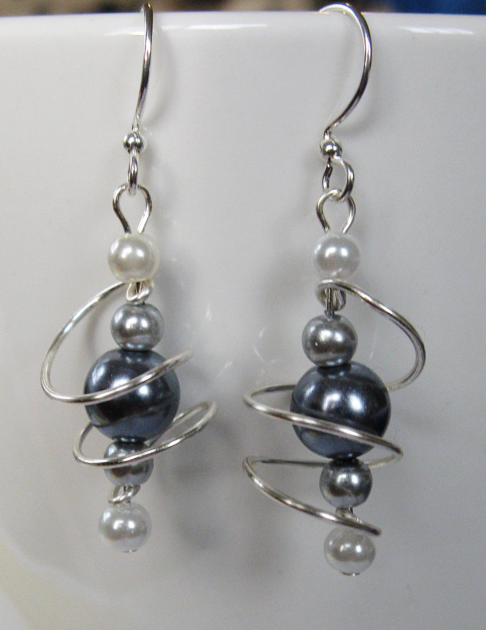 Grey ombre freeform coil earrings