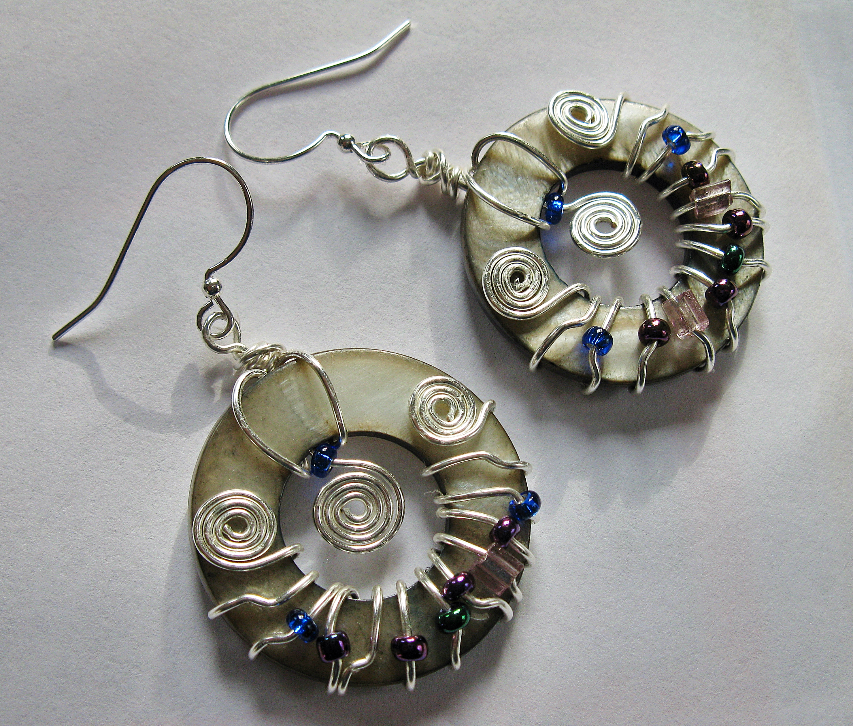 Donut wrap shell earrings