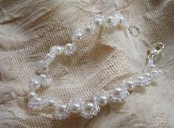 Bridal pearls bracelet.