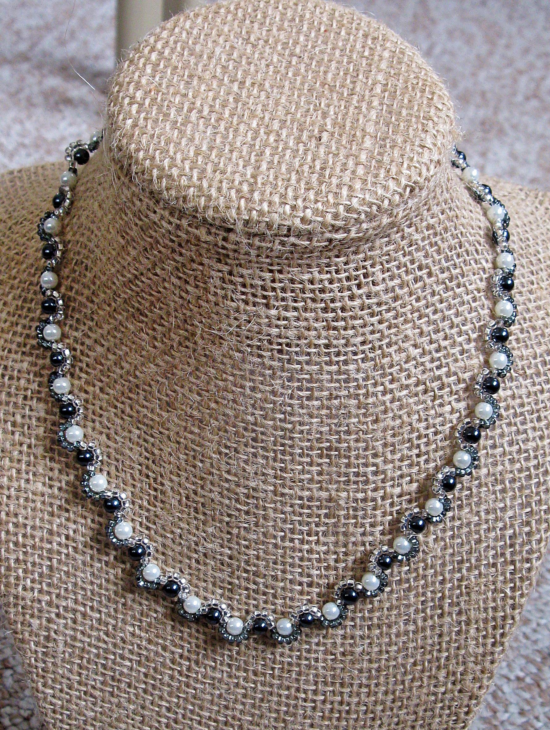 Harlequin pearls