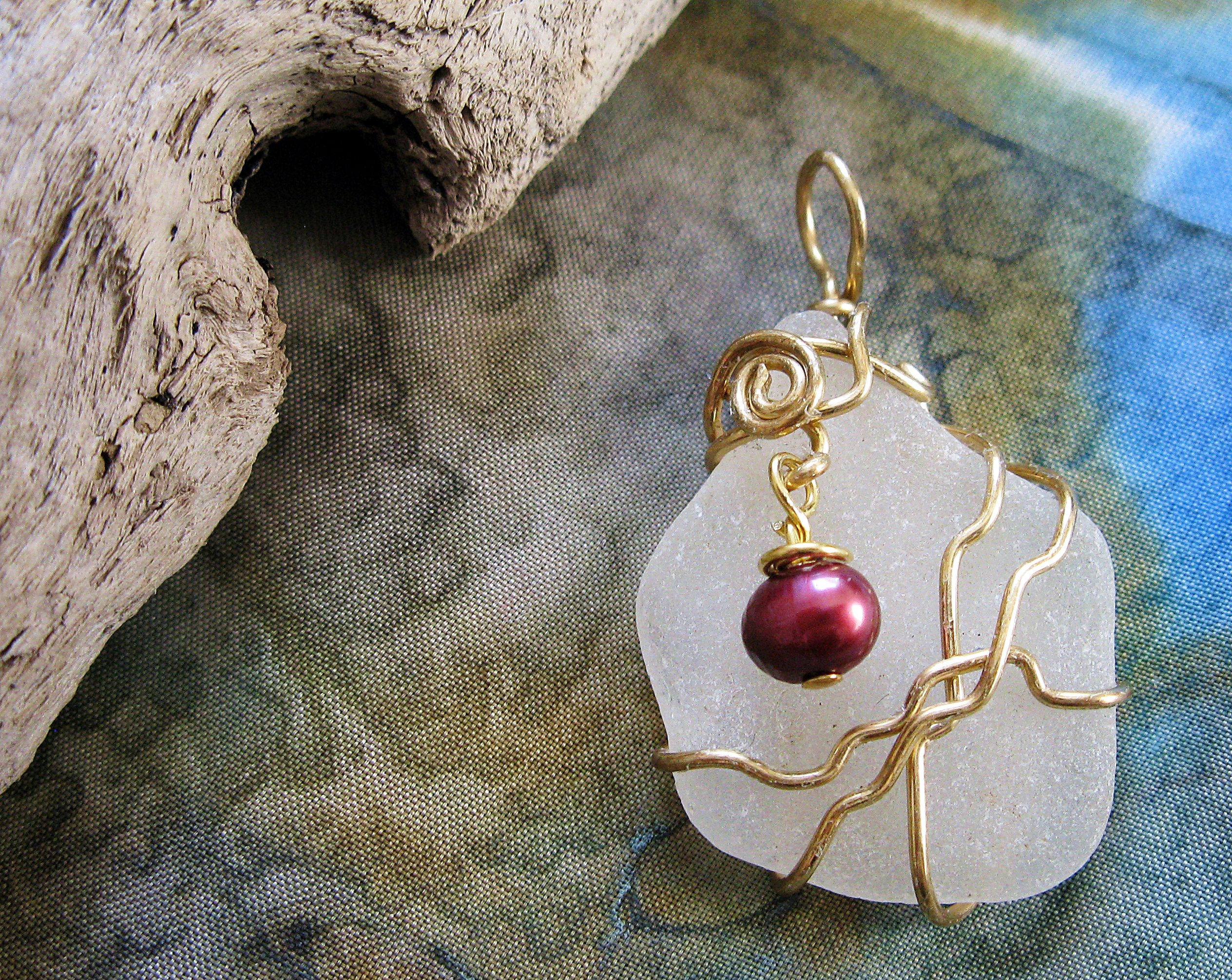 brass ripples with pink pearl