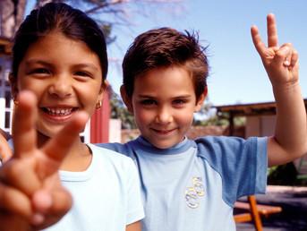 CHILDREN PRAY FOR PEACE