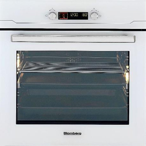 60 cms Built in Electric Oven Blomberg . Model number BEO9566W