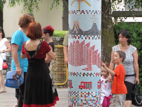 """Inauguration des mosaïques """"les 4 éléments"""" à La Bathie"""