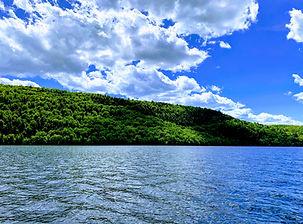 Lac des Piles _ Joan Hamel.jpg