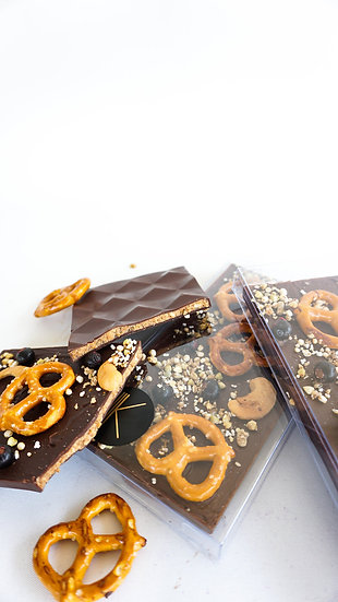K Cake Dessert Peanut & Pretzel Chocolate Bar Front View