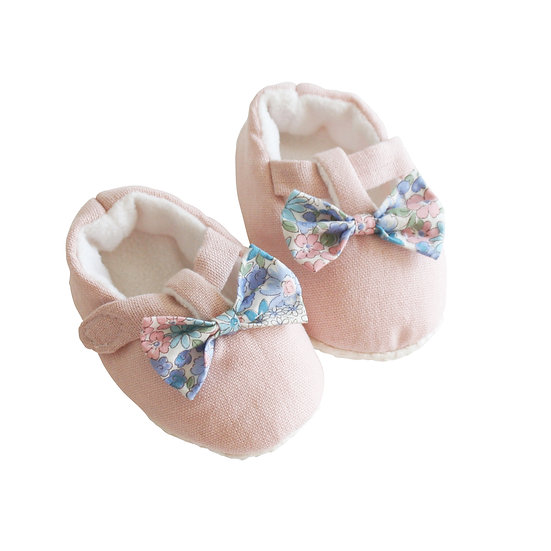Alimrose Pink Bow Booties Side View