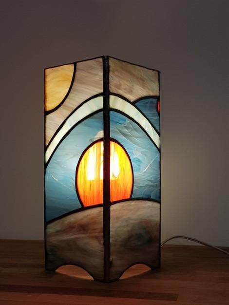 Lampe vitrail tiffany soleil rouge