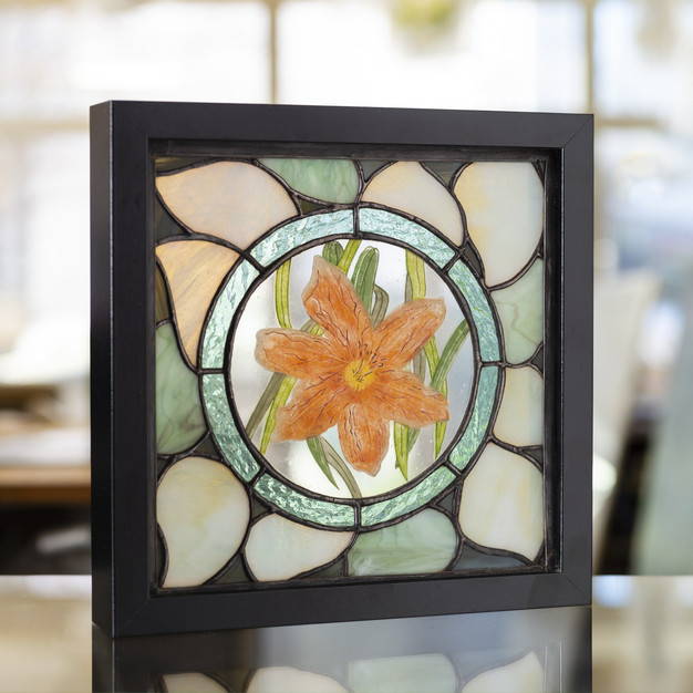 Tableau vitrail tiffany hemerocalle