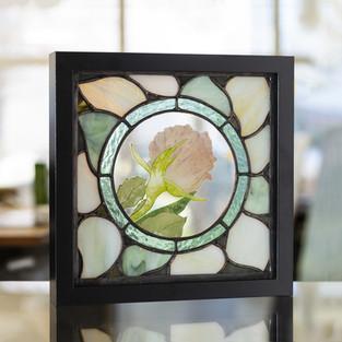 Tableau vitrail tiffany rose