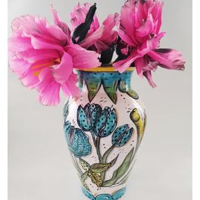 telicateli erotic vase #2
