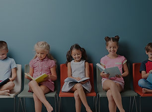 AdobeStock_176132097-kids-reading-books.