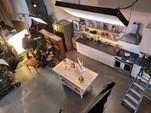 kitchen_overhang.jpg