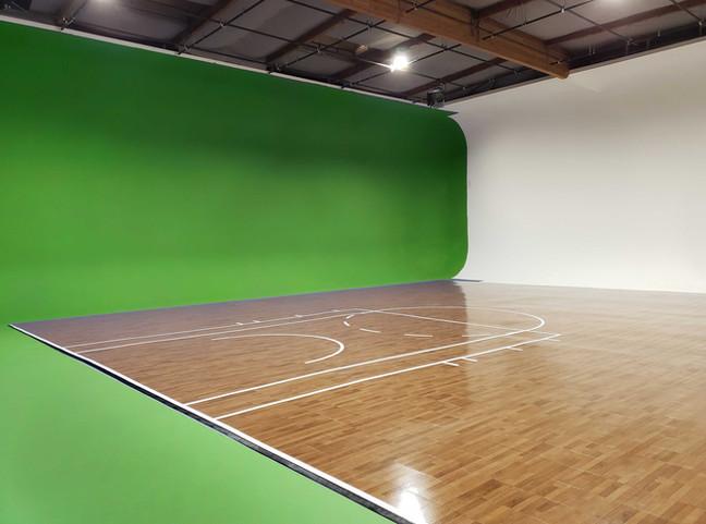 Green-screen-court-los-angeles-studio.jp