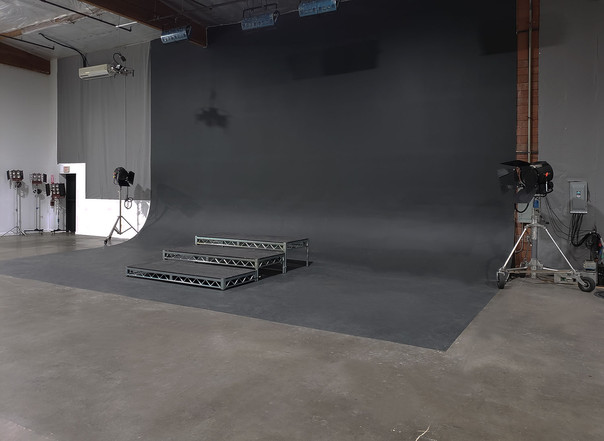 stage-2-los-angeles-lightspace-studios.j