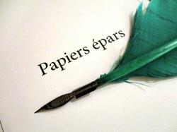 Papiers épars