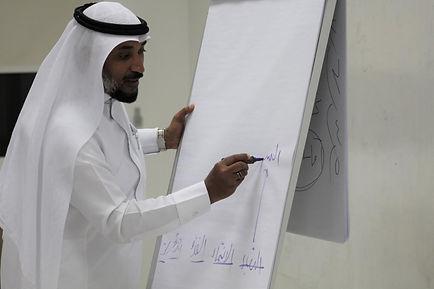 الدكتور خالد المدني 3.jpg