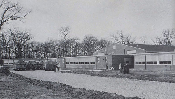 1957 New Glenwood High School.jpg