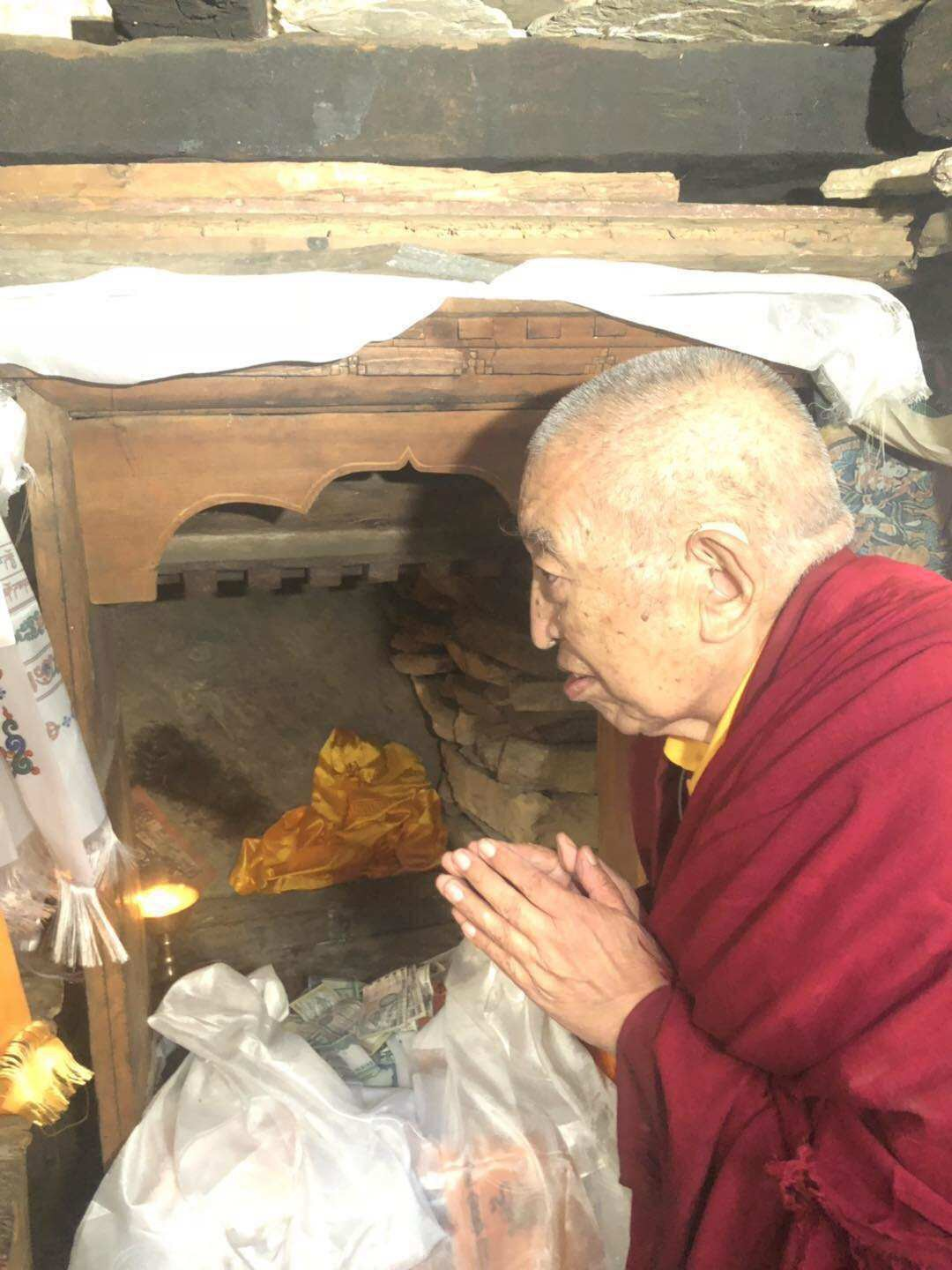 Rinpoche at Milarepa Cave in Tsum