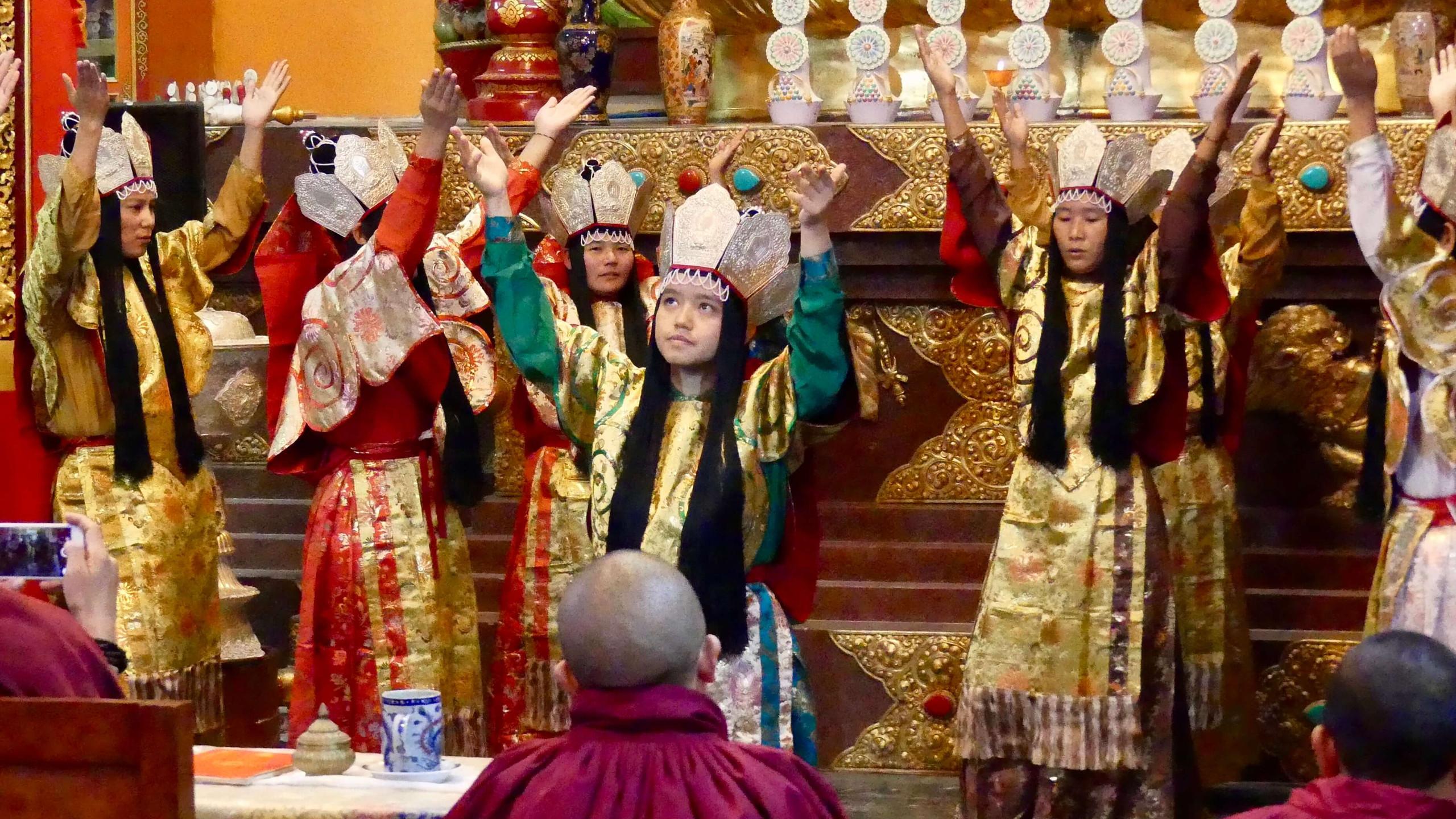 Tara Dance Performance