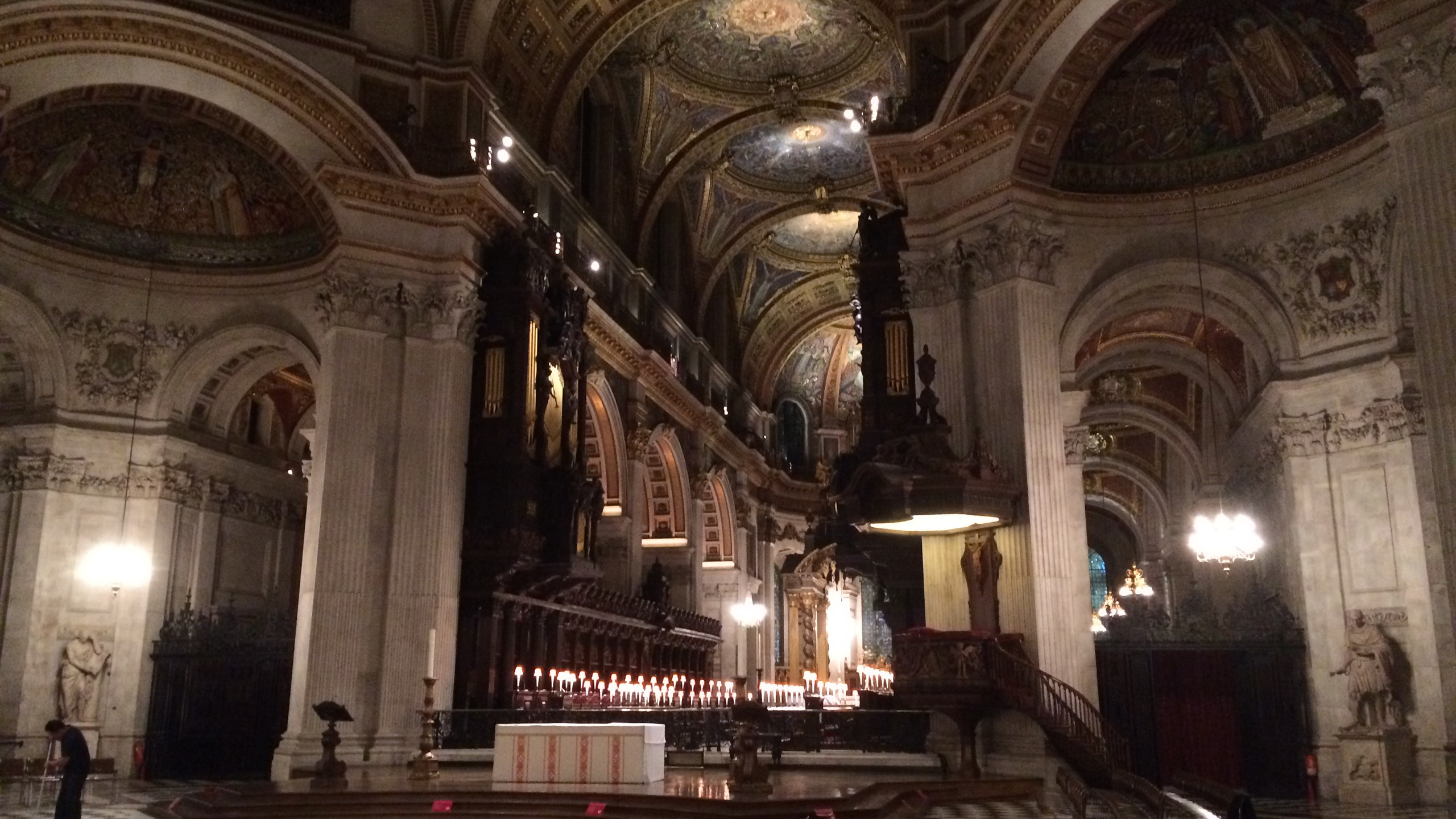 Inside St. Paul's Cathedral-1