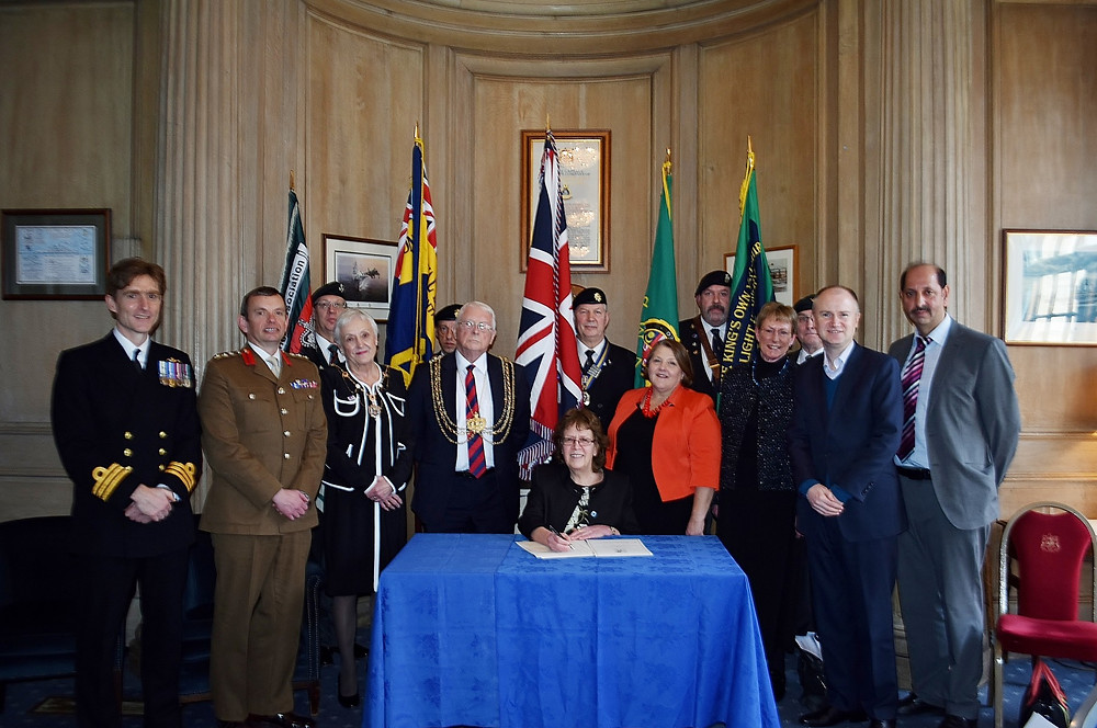 Military and Leeds City Civic Representatives