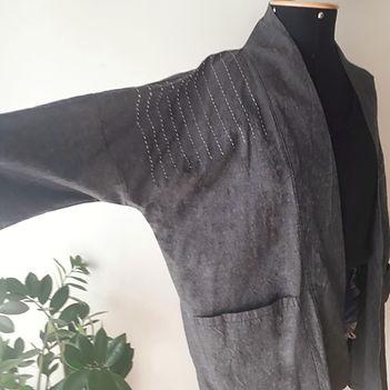 casaco maipeesu frente detalhe